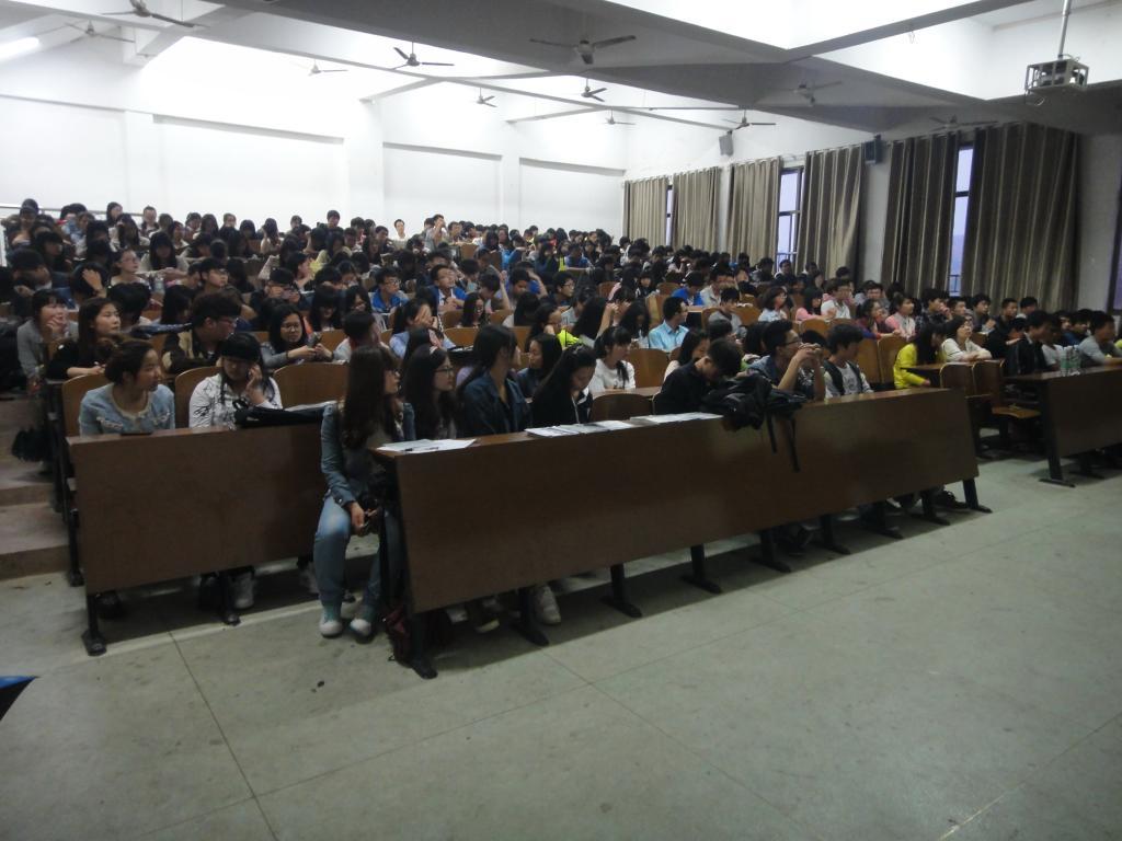 商学院举办大学生创新性实验项目指导专题讲座-湖南